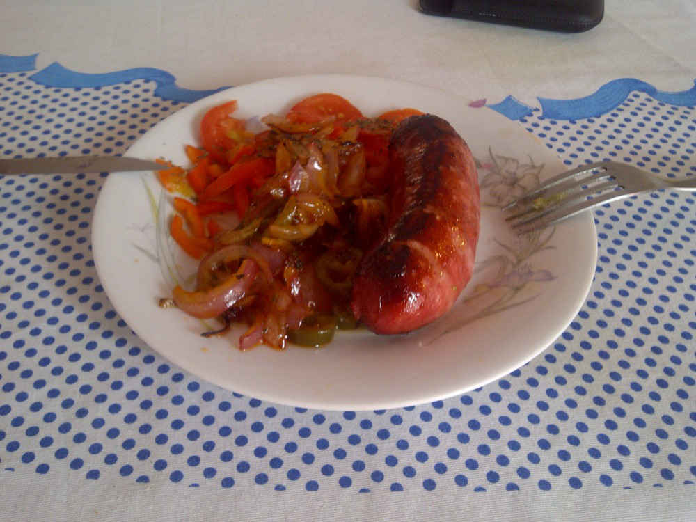 low carb sausage and vegetables