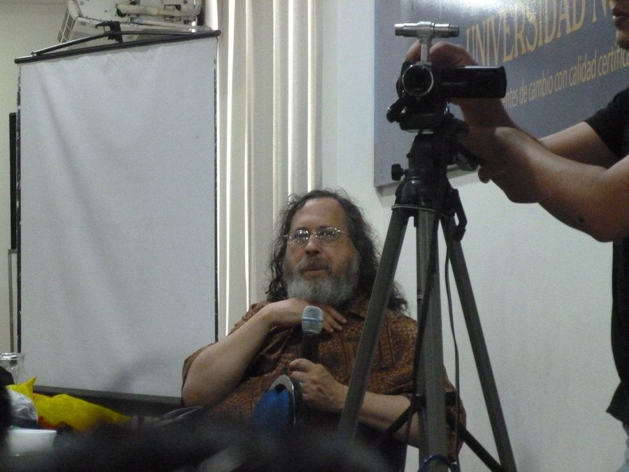 Richard Stallman in a Conference in Santa Cruz, Bolivia